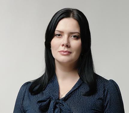 Петрова Олена