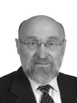 JUOZAS LAPIENIS