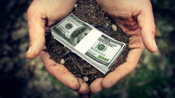 СЕТАМ та Держгеокадастр повідомили, що на українських е-аукціонах з продажу прав на оренду землі в Україні за останній рік пройшло 2097 торгів
