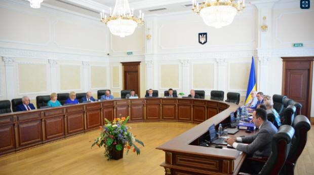 ВРП звільнила у відставку сімох суддів